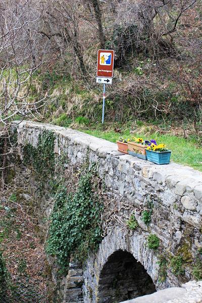 Via Francigena verso Pontremoli: in prossimità di Cavezzana D'Antena