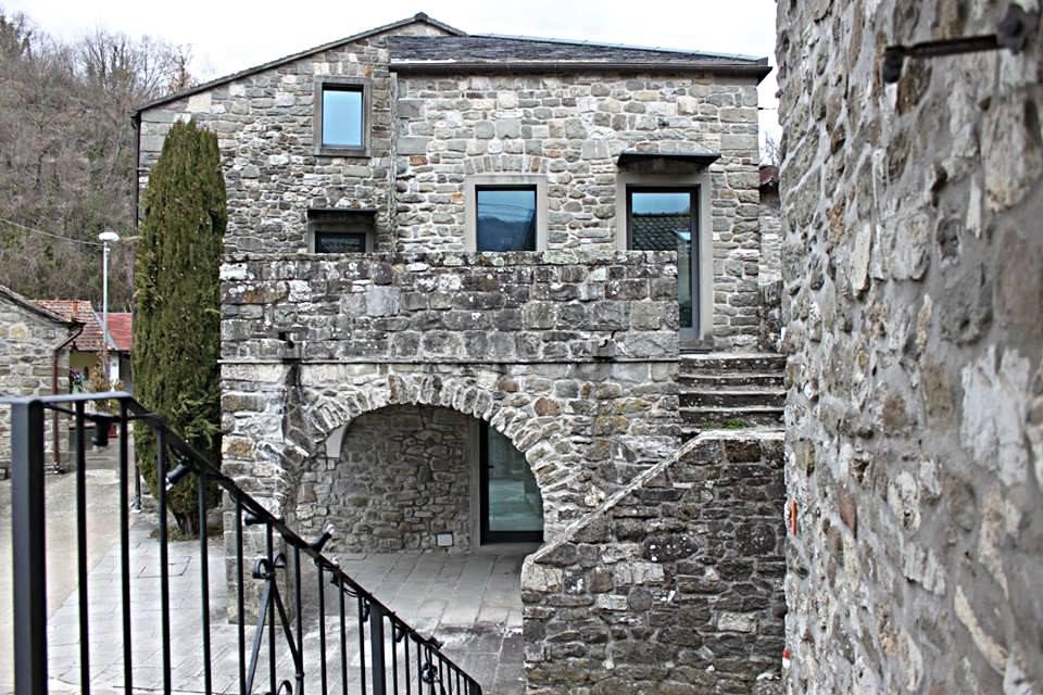 casa in Lunigiana: la casa nel borgo