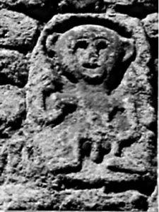 Pieve di Sorano: figura infantile che mostra i genitali