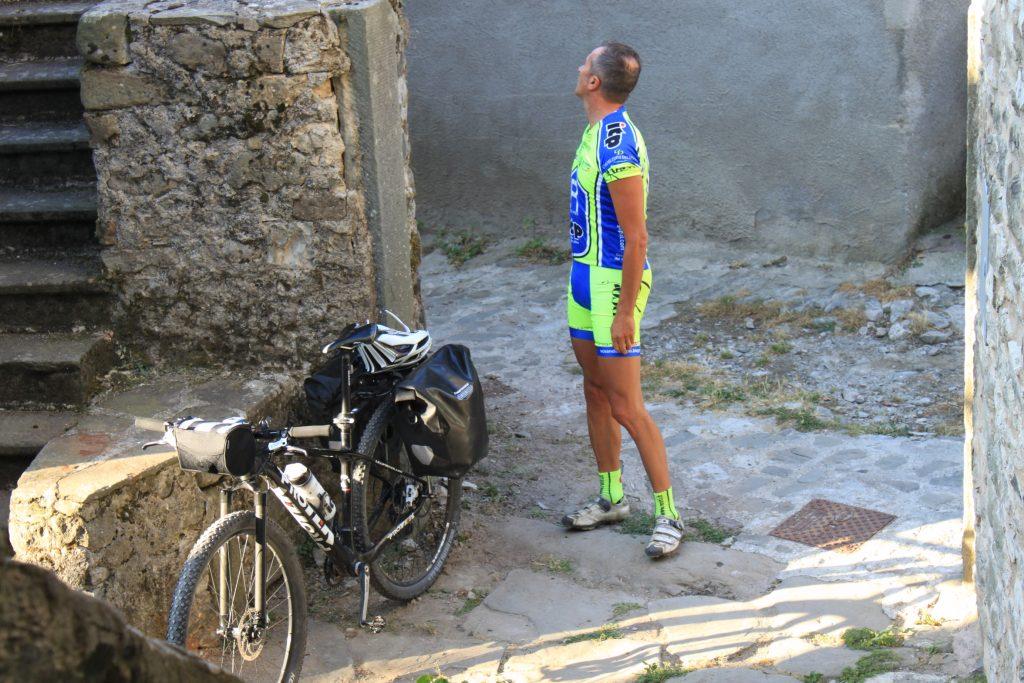 Lunigiana in bicicletta: alla scoperta di piccoli borghi