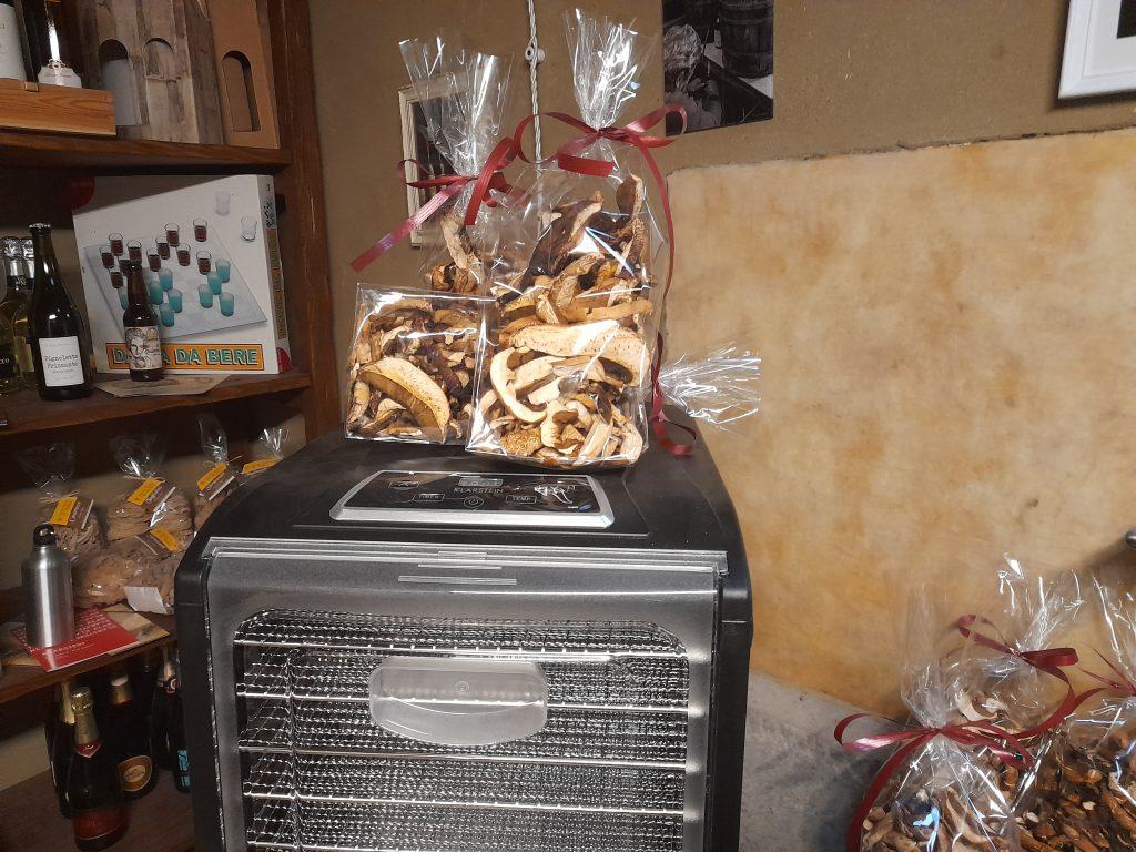 Il B&B Eremo Gioioso mette a disposizione degli ospiti anche l'essicatore per i funghi